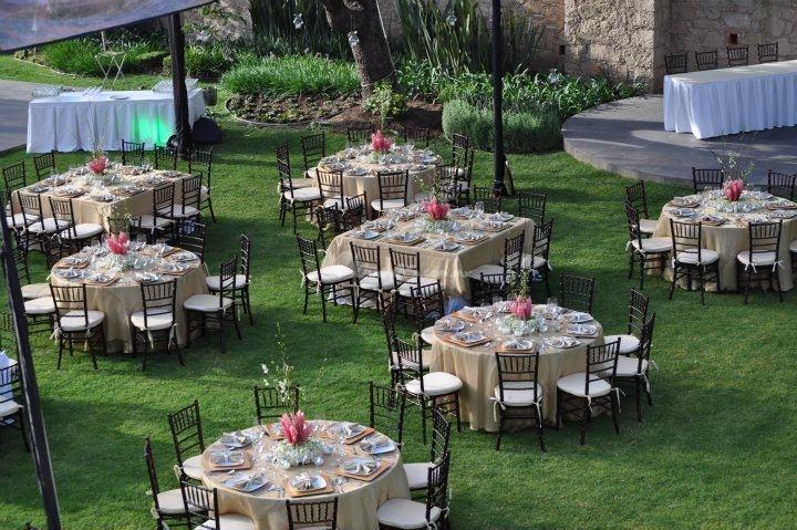 Bodas eventos sociales for Mobiliario para el jardin